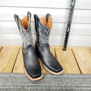 Parrall Western Cowboy Boots in Black Leather